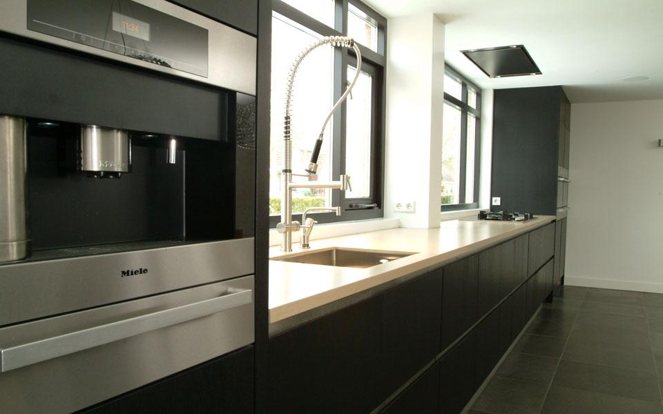 Keuken donker eiken - Corridor schilderen ...